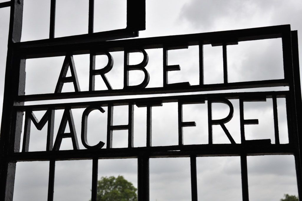 how to get to sachsenhausen from berlin