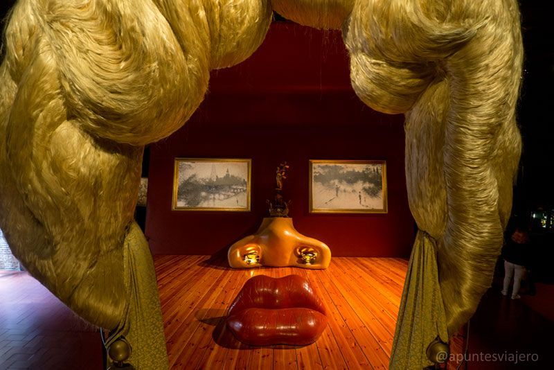 Sala Mae West - Museo Dalí - Figueres, Girona